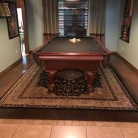 Awesome Pool Table And Wall Mount With All Accessories
